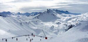 best skiing resorts