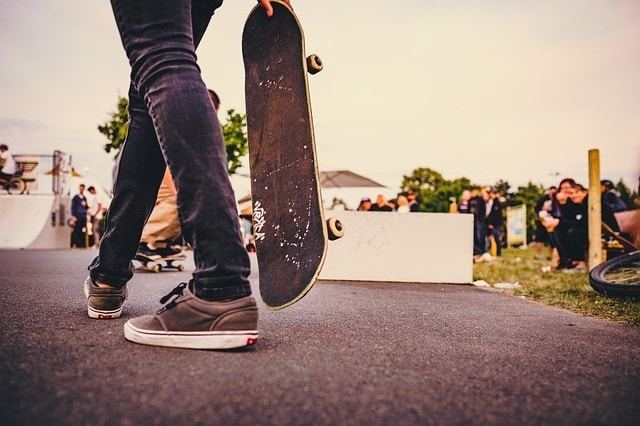 The 10-Minute Beginner's Guide To Skateboarding