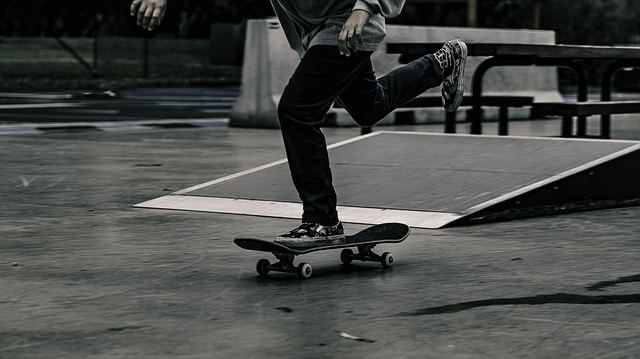 The 4 Best Skateboard Trucks In 2020 [+ Brand & Size Guide]