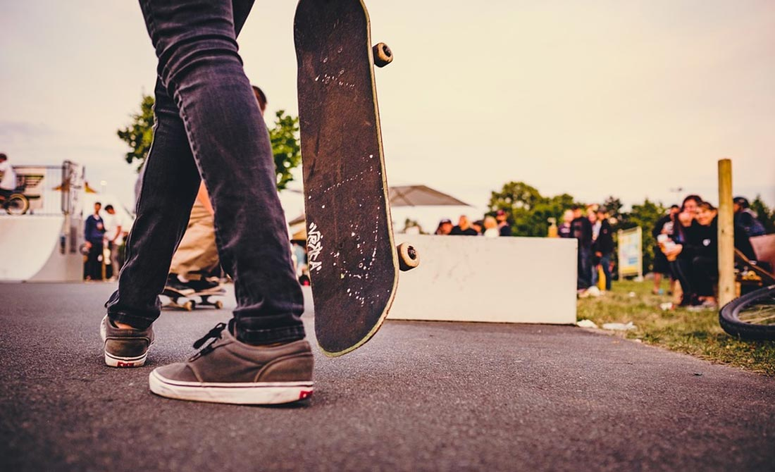The 9 Best Skateboard Decks (And Brands) In 2019 [Street